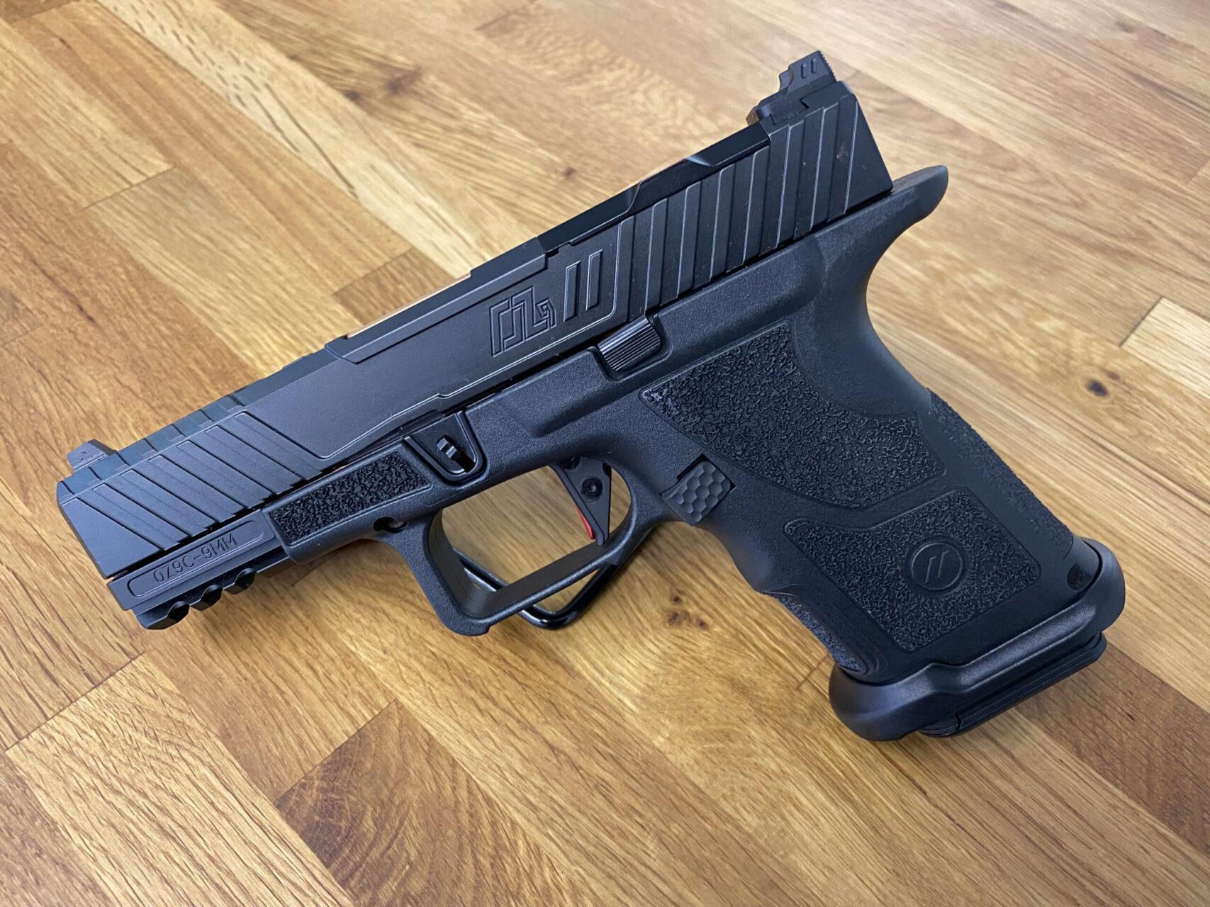 OZ9C-CPT-HYP-B-BRZ - Pistole ZEV OZ9C HYPER-COMP PISTOL, COMPACT BLACK SLIDE, BRONZE BARREL